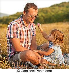 fille, sain, père, ensemble, carefr, plage, jouer