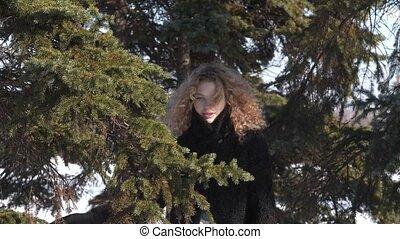fille, suddenly, manteau bouclé, ensoleillé, mouches, neige, noir, glacial, girl, figure, jour, hiver