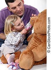 fille, teddy, père, ours, dentiste, jouer