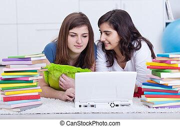 filles, étude, collège, ensemble