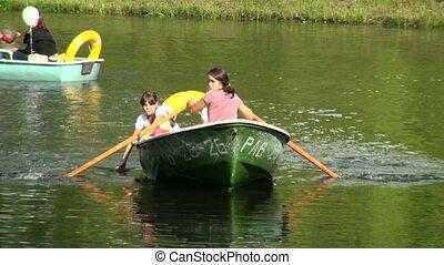 filles, bateau, mère
