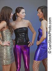 filles, fête, conversation