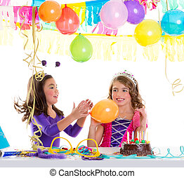 filles, fêtede l'anniversaire, ballons, enfants, heureux