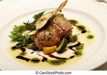 Fillet steak starter dish