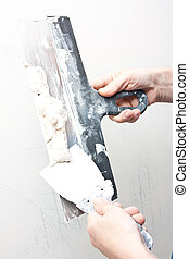 Filling the joints , aligns wall,al