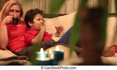 film, 3, fils, mère, regarder