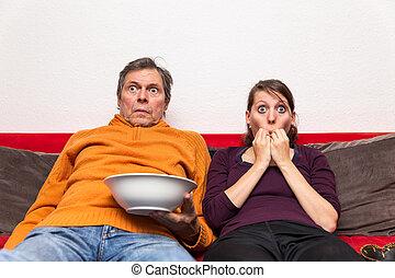 film, famille, terrifiant, regarder