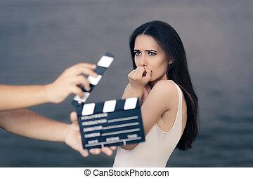film, megrémült, lövés, színhely, színésznő