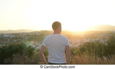film, természetjáró, bevétel, fiatal, telefon, hegy, ember, tető, hátsó kilátás
