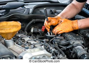 filtro, diesel, mecánico, trabajando