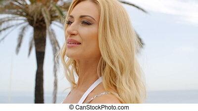 fin, femme, plage, haut, blonds