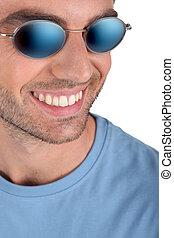 fin, lunettes soleil, haut, homme