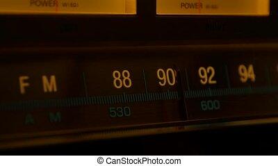 fin, retro, jaune, amplificateur, scale., receiver., fm, récepteur, échelle, lent, vendange, accord, stations, radio, fréquence, vieux, recherche, haut., analogue, radio., motion.