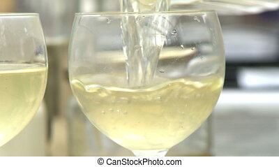 fin, versé, verre vin, haut, être