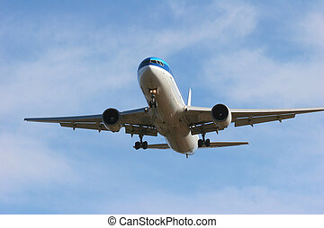 Final Approach - Jumbo jet coming in to land