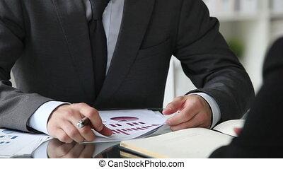 financieel, het adviseren