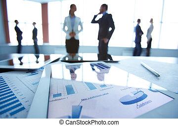 financier, documents