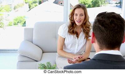 financier, elle, conseiller, conversation, joli, femme