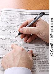 financier, projection, homme affaires, main, diagramme, stylo, journal