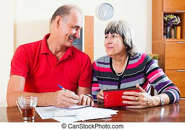 finansowy, dokumenty, szczęśliwy, dojrzała para