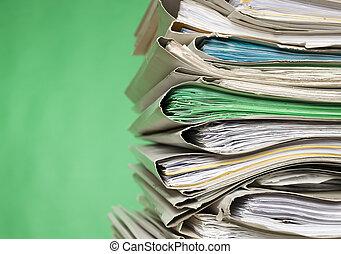 finanz, dokumente, auf, grüner hintergrund