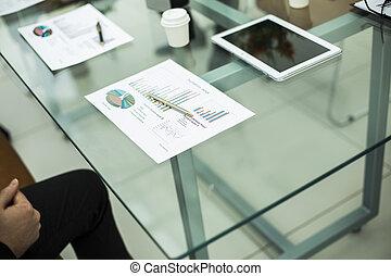 finanziario, e, penna, su, il, posto lavoro, di, il, uomo affari
