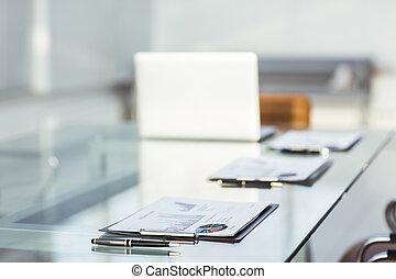 finanziario, tabelle, e, documenti, in, il, posto lavoro, di, il, businessman.