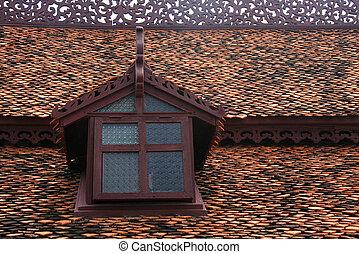 Windows orizzonte tetto coperto tegoli abbaino foto d for Versare piani casa dormer