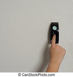 fingerprint needed to open the door