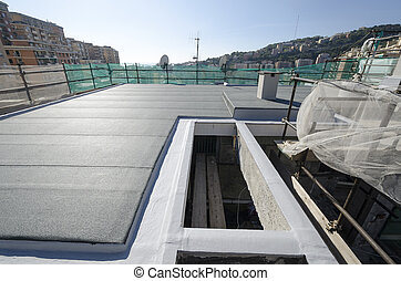 Finishing the roof of a building