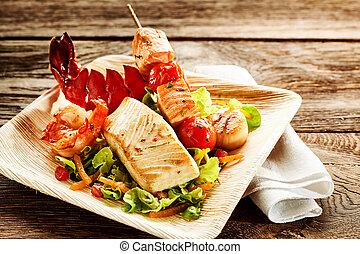 finom, pörkölt, seafood saláta, képben látható, tányér