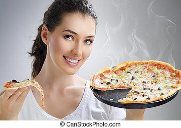 finom, pizza