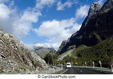 Fiordland - New Zealand - Campervan trip in Fiordland, New ...