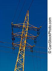 fios, insulators, muitos, power-tower, vidro, enferrujado, ângulo holandês, tiro