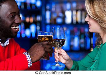 fira, par, hinder, ung förälskelse