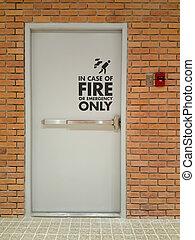 Fire exit emergency door