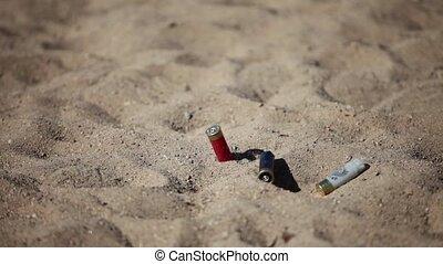 fired cartridges - HD1080: large quantity of rifle shells...