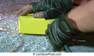 Fireworker fixing remote control for a pyrotechnical plant