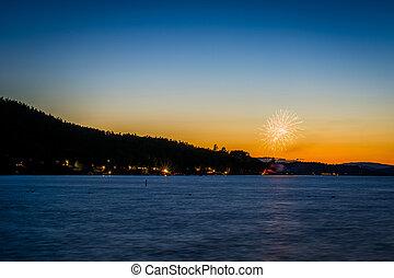 Fireworks and Lake Winnipesaukee at sunset, at Ellacoya ...