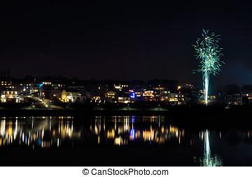 Fireworks at phoenix lake