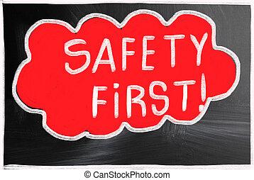 first!, säkerhet