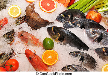 fish and seafood in the ice