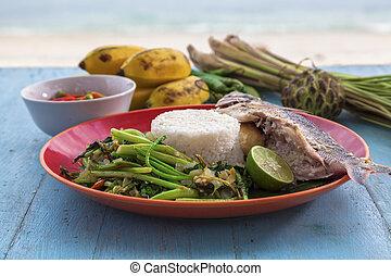 fish, banana, imbottito