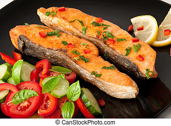 grilled salmon with vegetables - Fish dish - grilled salmon...