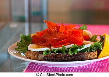 Fish sandwich.