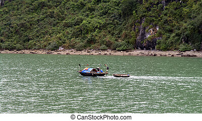 Fishermen Family in Ha Long Bay.