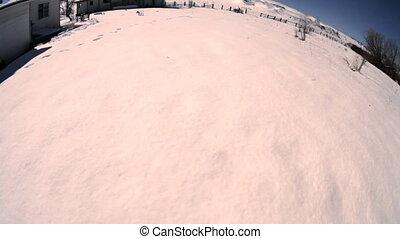 Fisheye Snowball - The ground rotates like a big snowball...