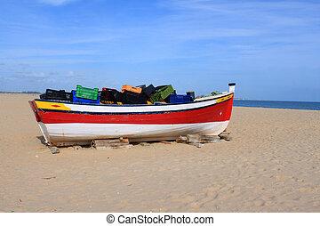 Fishing boat in Meia Praia, Lagos, Algarve, Portugal