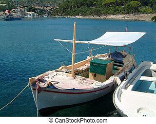 Fishing boats in Gaios