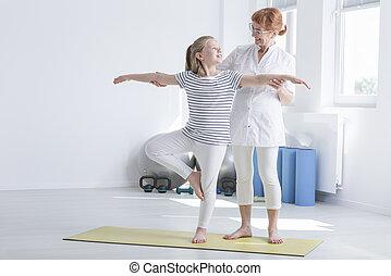 fisioterapeuta, exercitar, criança feminina